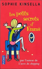 Ce n'est pas qu'Emma soit menteuse, c'est plutôt qu'elle a ses petits secrets. Par exemple, elle fait un bon 40, pas du 36. Elle ne supporte pas les strings. Elle a très légèrement embelli son CV. Elle déteste sa cousine Kerry. Et avec son petit ami Connor, au lit c'est pas franchement l'extase. Bref, rien de bien méchant, mais plutôt mourir que de l'avouer. Mourir? Justement! Lors d'un voyage en avion passablement mouvementé, Emma croit bien voir sa dernière heure arrivée. Prise de panique, elle déballe tout au séduisant inconnu assis à côté d'elle. Tout et plus encore. Sans savoir que l'inconnu en question n'est autre que son P-DGP. Passé le soulagement d'avoir survécu à ce vol infernal, Emma réalise qu'elle vient de se mettre dans une situation pour le moins embarrassante...